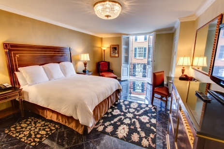 Hotel Mazarin bedroom